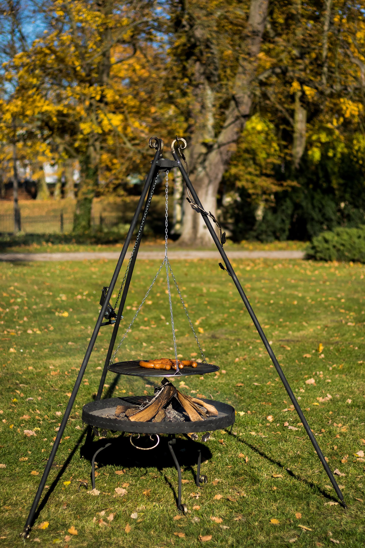 Palenisko ogrodowe nadaje się na grilla również na tarasie